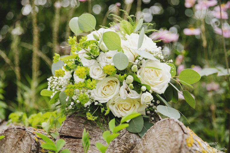 Lyde-Court-Wedding-GemmaWilliamsPhotography009-2-2000x1333(pp_w768_h511).jpg