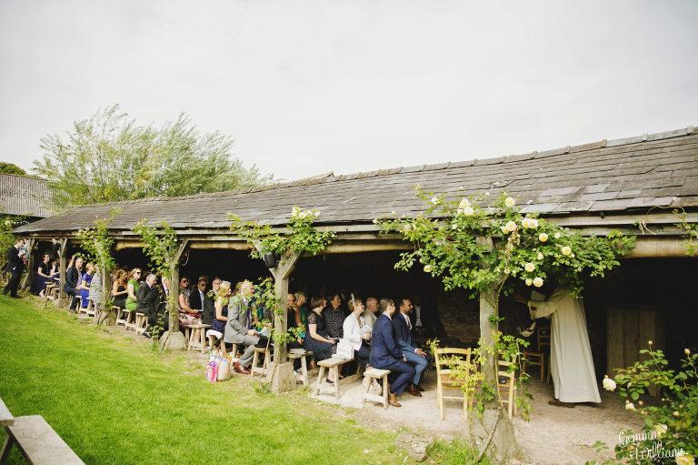 Lyde-Court-Wedding-GemmaWilliamsPhotography024-2-2000x1333(pp_w768_h511).jpg