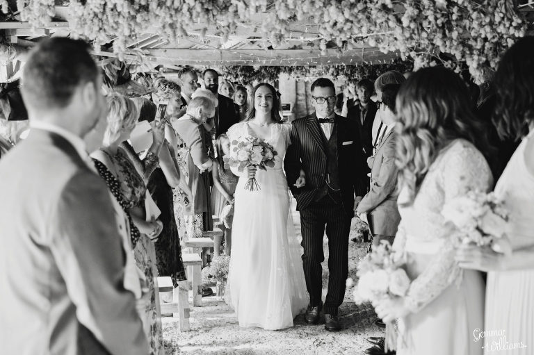 Lyde-Court-Wedding-GemmaWilliamsPhotography027-2-2000x1333(pp_w768_h511).jpg