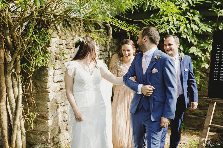 Lyde-Court-Wedding-GemmaWilliamsPhotography038-2-2000x1333(pp_w768_h511).jpg