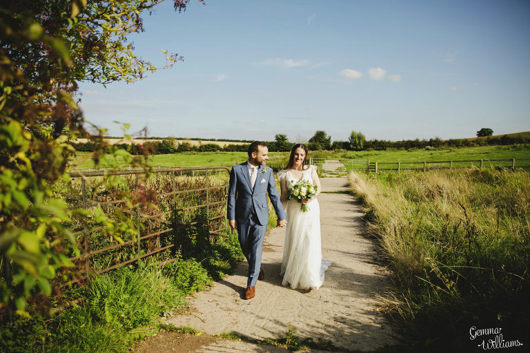 Lyde-Court-Wedding-GemmaWilliamsPhotography071-2-2000x1333(pp_w768_h511).jpg