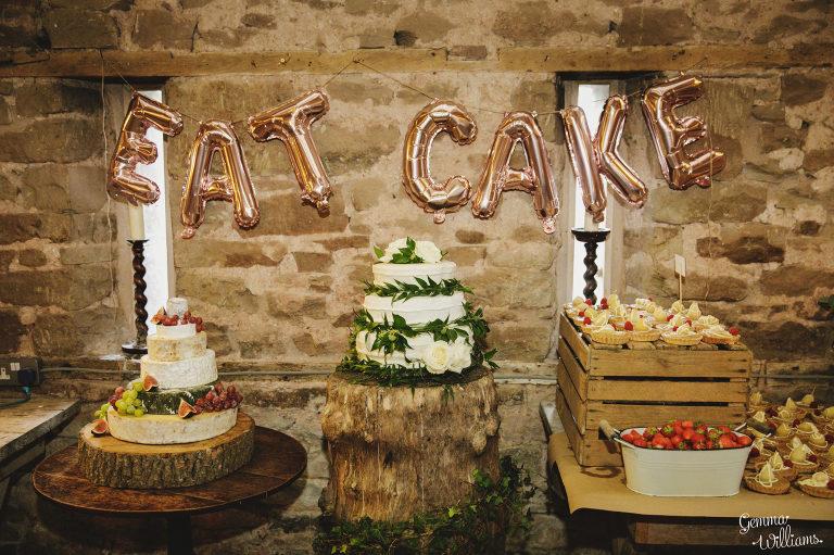 Lyde-Court-Wedding-GemmaWilliamsPhotography076-2-2000x1333(pp_w768_h511).jpg