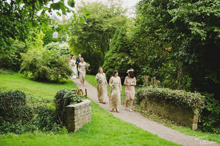 Dewsall-Wedding-GemmaWilliamsPhotography020-2000x1333(pp_w768_h511).jpg