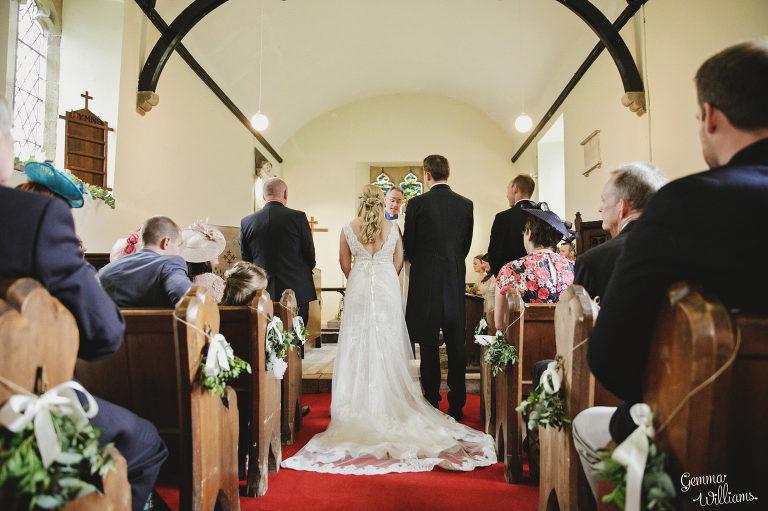 Dewsall-Wedding-GemmaWilliamsPhotography028-2000x1333(pp_w768_h511).jpg