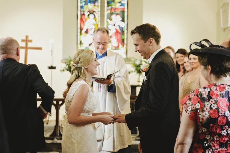 Dewsall-Wedding-GemmaWilliamsPhotography031-2000x1333(pp_w768_h511).jpg