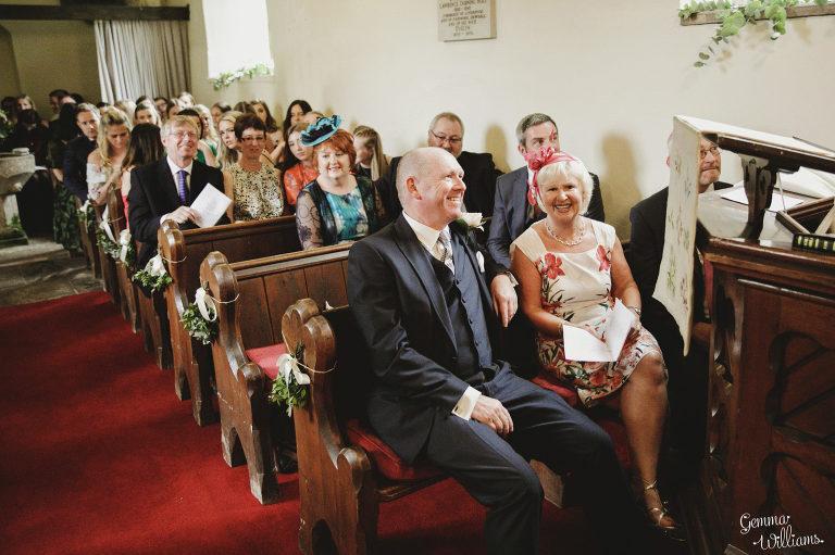 Dewsall-Wedding-GemmaWilliamsPhotography034-2000x1333(pp_w768_h511).jpg