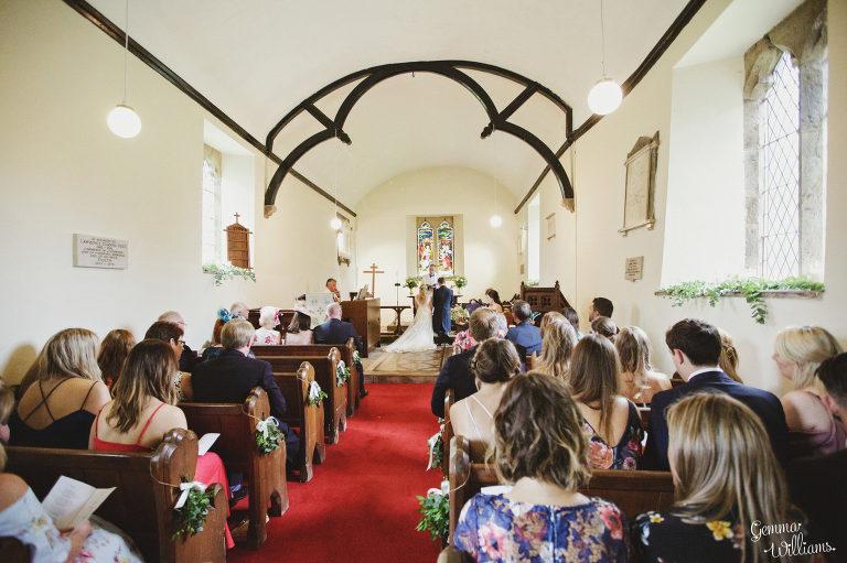 Dewsall-Wedding-GemmaWilliamsPhotography038-2000x1333(pp_w768_h511).jpg