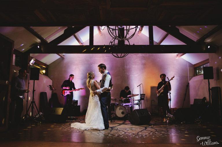 Dewsall-Wedding-GemmaWilliamsPhotography083-2000x1333(pp_w768_h511).jpg