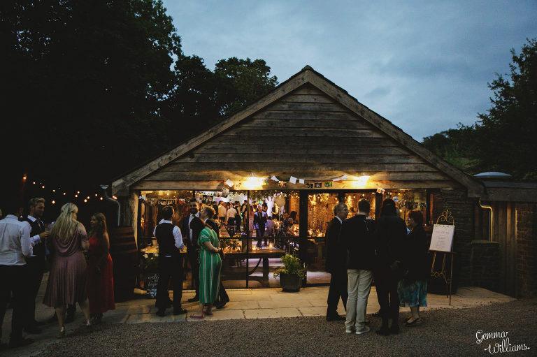 Dewsall-Wedding-GemmaWilliamsPhotography086-2000x1333(pp_w768_h511).jpg