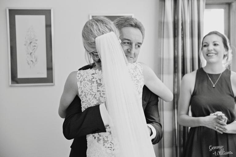 Birtsmorton-Wedding-Photography-GemmaWilliams048(pp_w768_h511).jpg