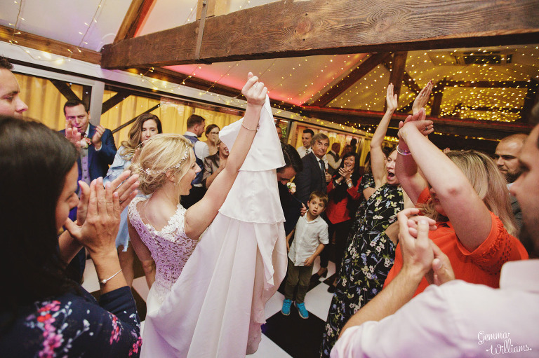 Birtsmorton-Wedding-Photography-GemmaWilliams350(pp_w768_h511).jpg
