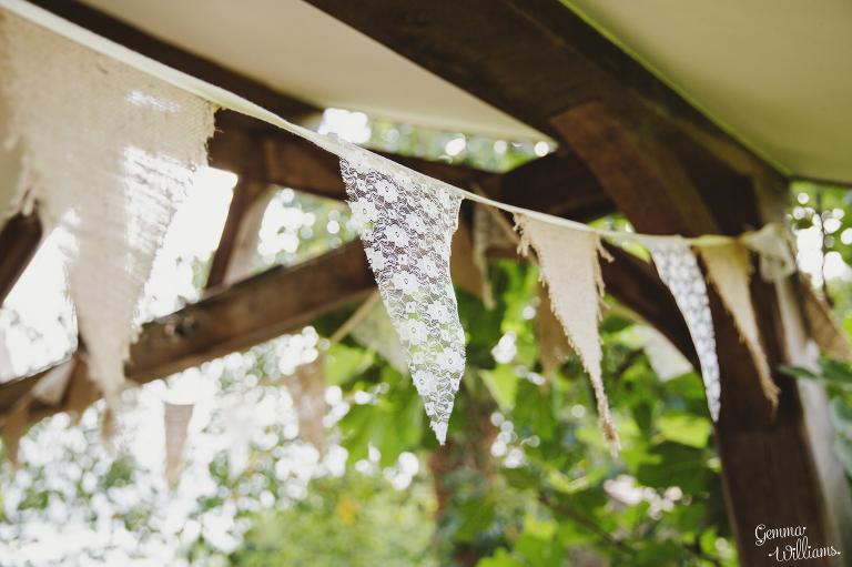 Lyde-Arundel-Wedding-GemmaWilliamsPhotography014(pp_w768_h511).jpg