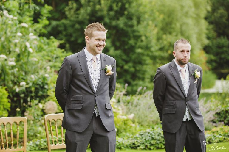 Lyde-Arundel-Wedding-GemmaWilliamsPhotography018(pp_w768_h511).jpg