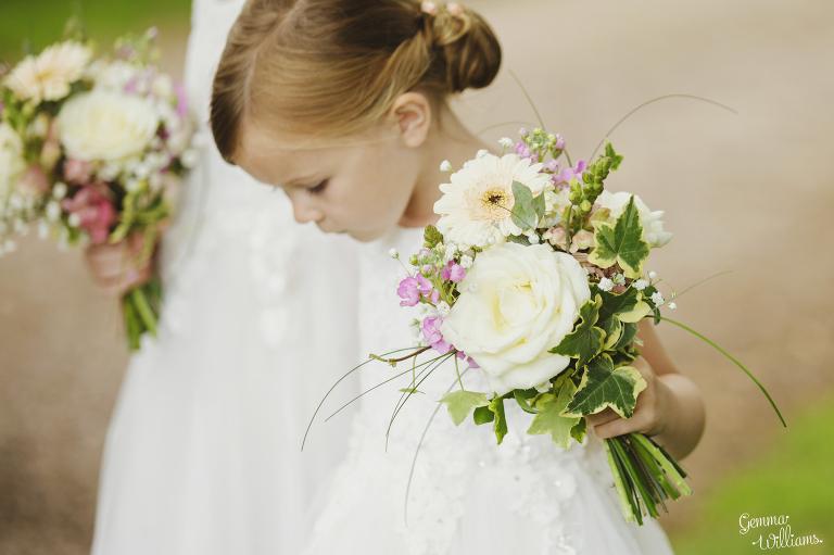 Lyde-Arundel-Wedding-GemmaWilliamsPhotography020(pp_w768_h511).jpg