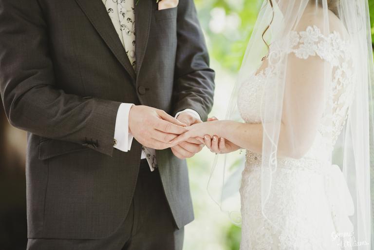 Lyde-Arundel-Wedding-GemmaWilliamsPhotography028(pp_w768_h513).jpg