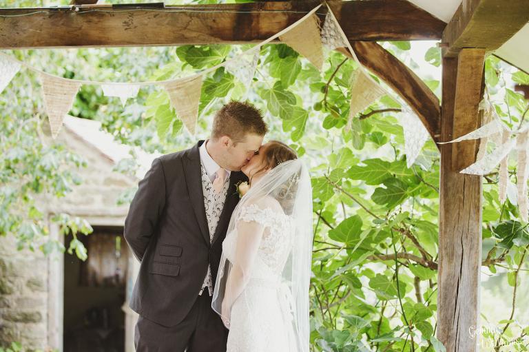 Lyde-Arundel-Wedding-GemmaWilliamsPhotography032(pp_w768_h511).jpg