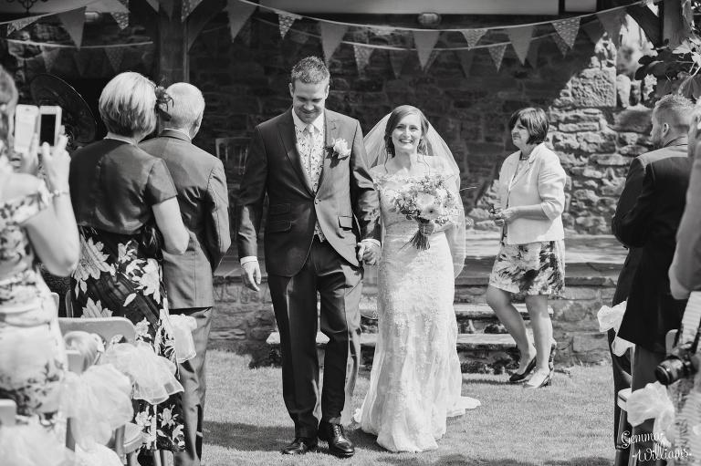 Lyde-Arundel-Wedding-GemmaWilliamsPhotography035(pp_w768_h511).jpg