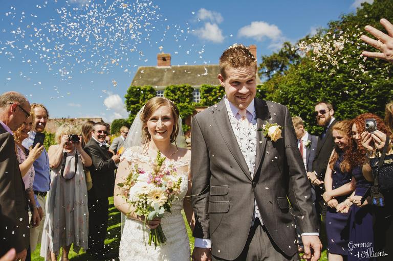 Lyde-Arundel-Wedding-GemmaWilliamsPhotography046(pp_w768_h511).jpg