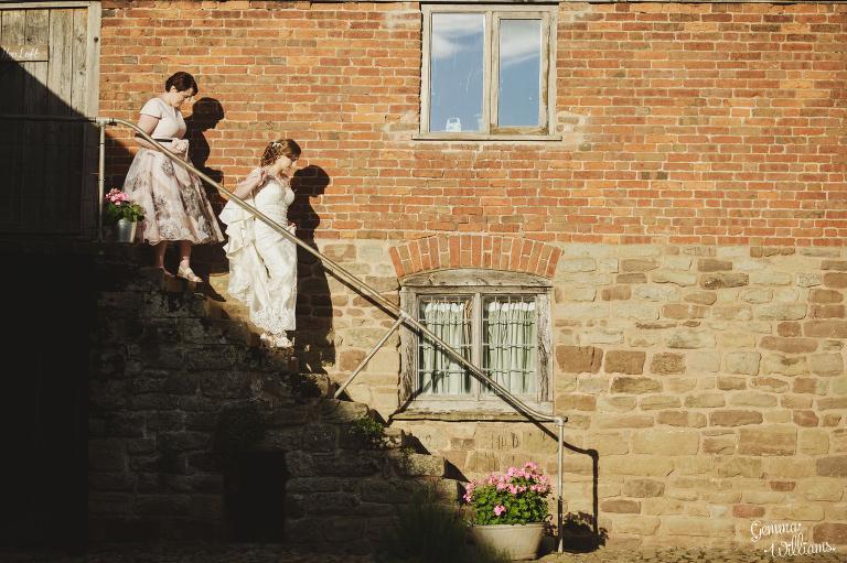 Lyde-Arundel-Wedding-GemmaWilliamsPhotography065(pp_w768_h511).jpg