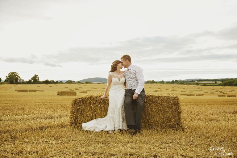 Lyde-Arundel-Wedding-GemmaWilliamsPhotography070-1(pp_w768_h511).jpg