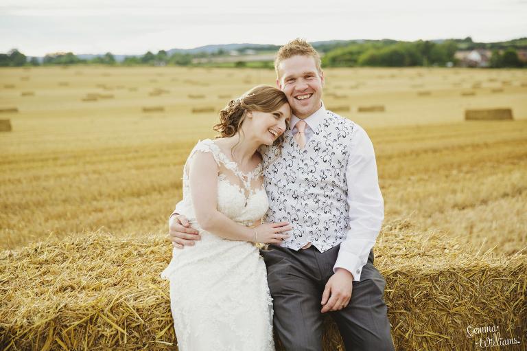Lyde-Arundel-Wedding-GemmaWilliamsPhotography071(pp_w768_h511).jpg