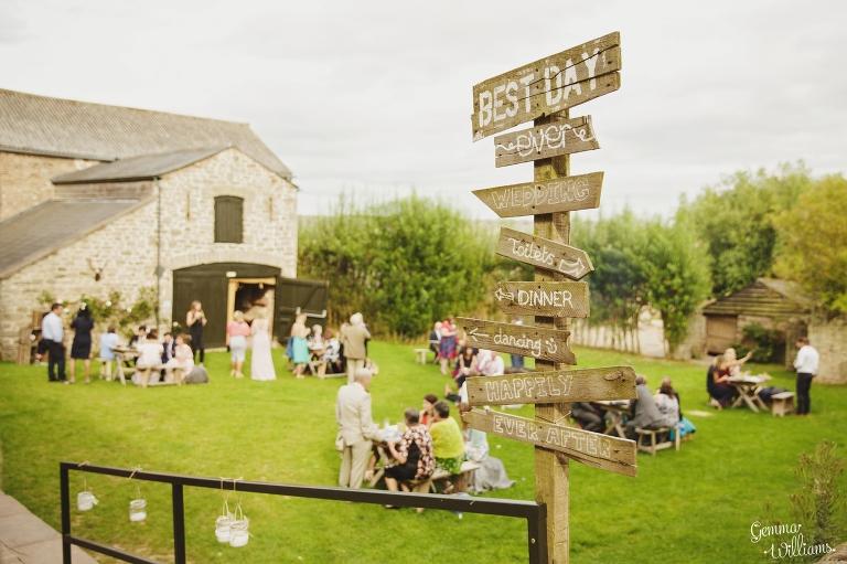 Lyde-Court-Wedding-GemmaWilliamsPhotography196(pp_w768_h511).jpg