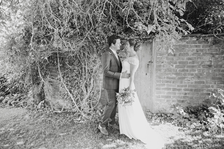 herefordshire-yurt-wedding-gemmawilliamsphotography_0091(pp_w768_h511).jpg