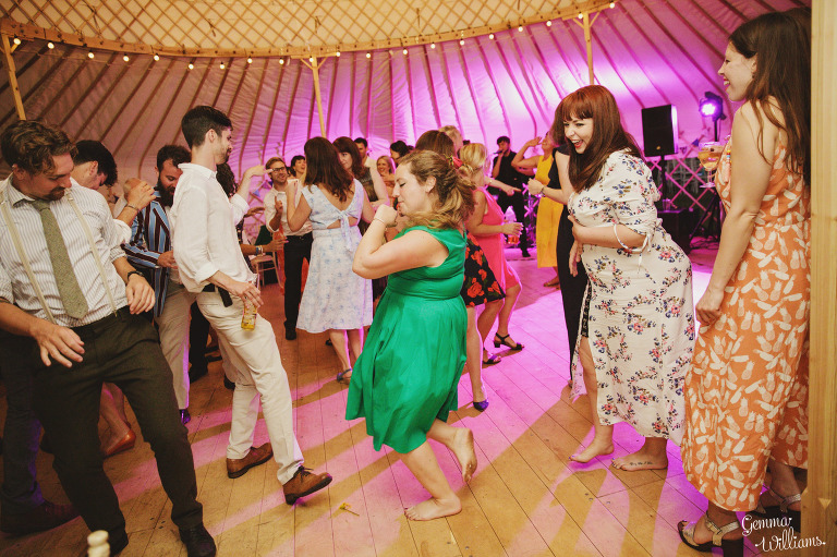 herefordshire-yurt-wedding-gemmawilliamsphotography_0142(pp_w768_h511).jpg