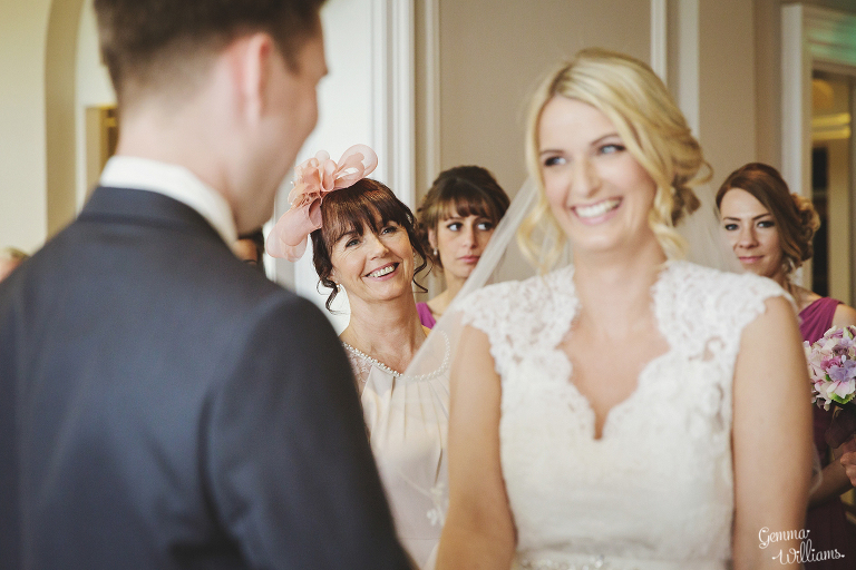 Brockencote-Hall-Worcestershire-Wedding-by-Gemma-Williams-Photography_0032(pp_w768_h512).jpg