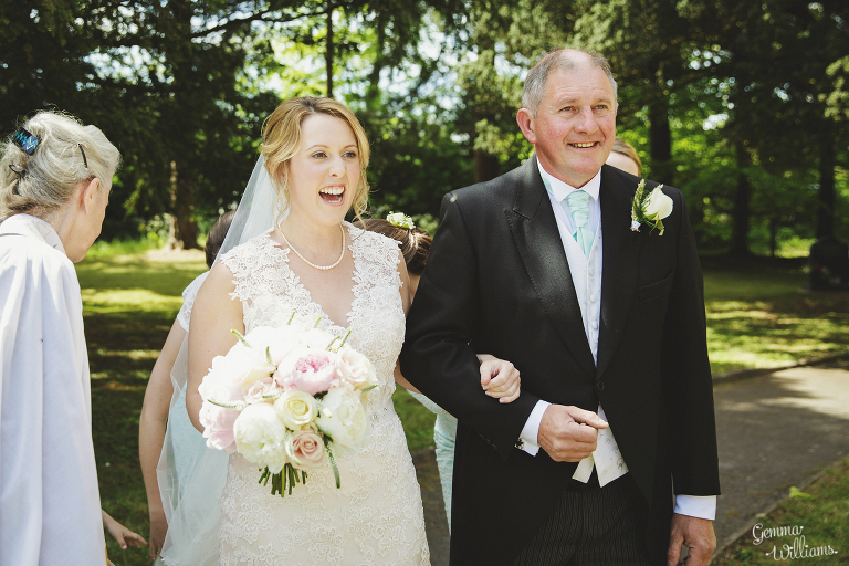 Broadfield-Court-Herefordshire-Wedding-by-Gemma-Williams-Photography_0027(pp_w768_h512).jpg