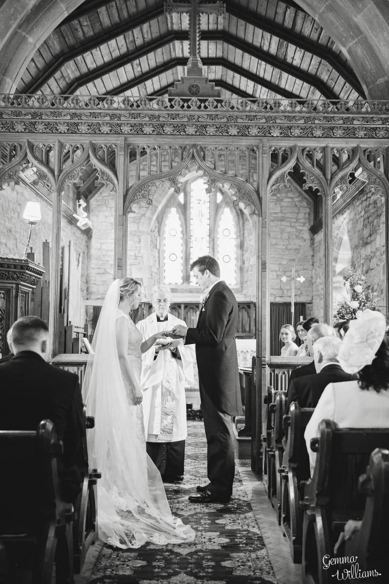 Broadfield-Court-Herefordshire-Wedding-by-Gemma-Williams-Photography_0030(pp_w768_h1151).jpg