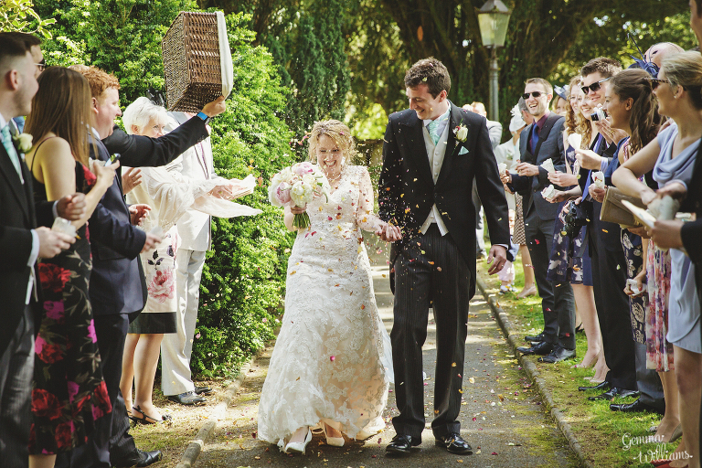 Broadfield-Court-Herefordshire-Wedding-by-Gemma-Williams-Photography_0044(pp_w768_h512).jpg