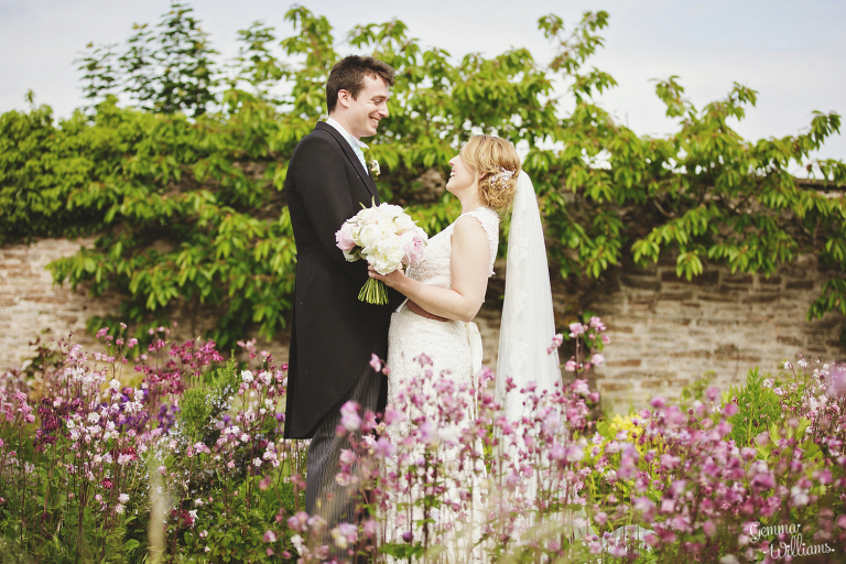 Broadfield-Court-Herefordshire-Wedding-by-Gemma-Williams-Photography_0062(pp_w768_h512).jpg