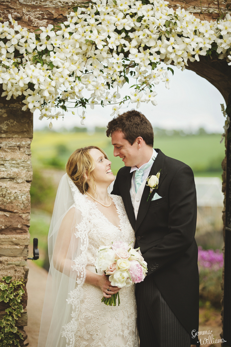 Broadfield-Court-Herefordshire-Wedding-by-Gemma-Williams-Photography_0073(pp_w768_h1151).jpg