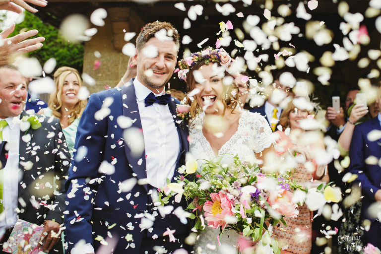 Elmore-Court-Wedding-by-Gemma-Williams-Photography_0040(pp_w768_h512).jpg