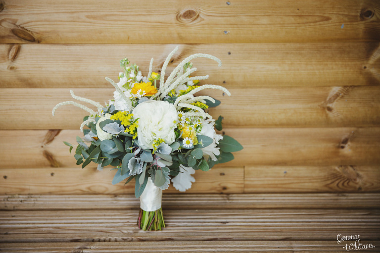 herefordshire-countryside-wedding-gemmawilliamsphotography_0004(pp_w768_h511).jpg