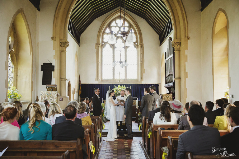 herefordshire-countryside-wedding-gemmawilliamsphotography_0018(pp_w768_h511).jpg