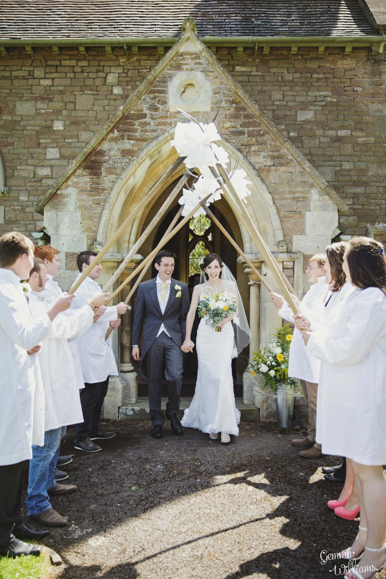 herefordshire-countryside-wedding-gemmawilliamsphotography_0023(pp_w768_h1152).jpg