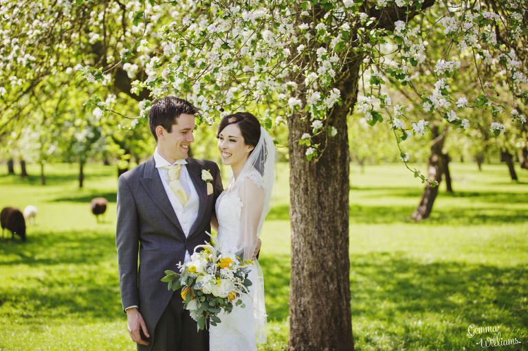 herefordshire-countryside-wedding-gemmawilliamsphotography_0034(pp_w768_h511).jpg