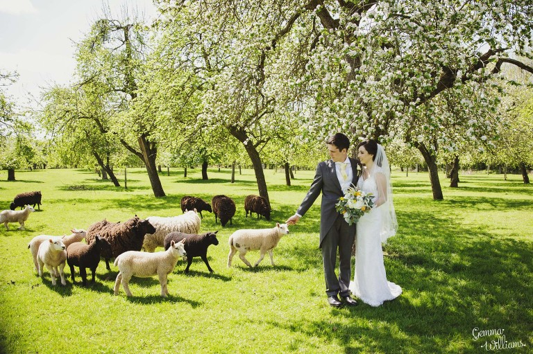 herefordshire-countryside-wedding-gemmawilliamsphotography_0035(pp_w768_h511).jpg