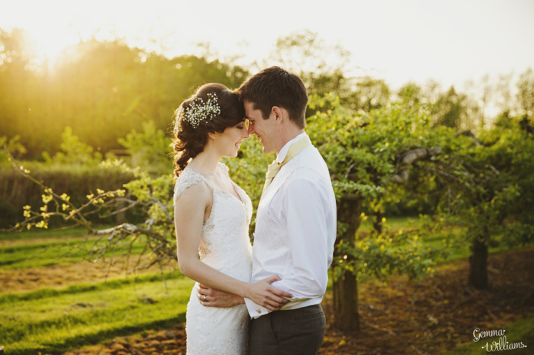 herefordshire-countryside-wedding-gemmawilliamsphotography_0079(pp_w768_h511).jpg