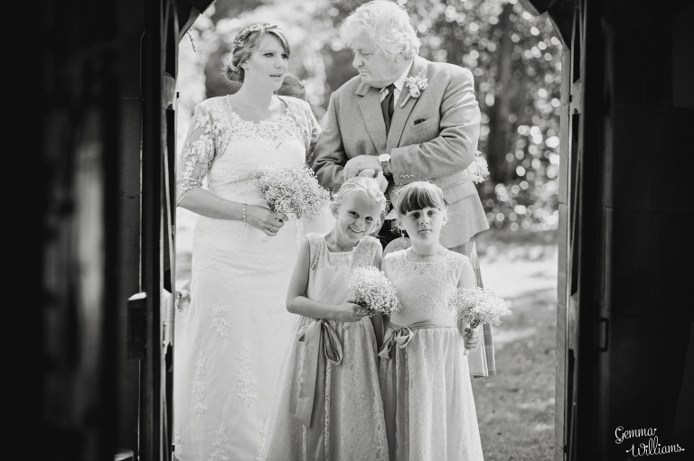 worcestershire-wedding-gemmawilliamsphotography_0016(pp_w768_h511).jpg