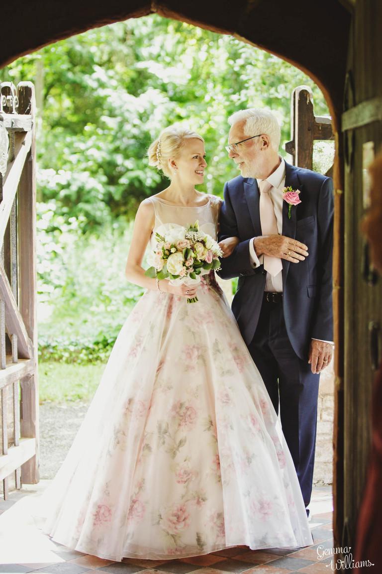 birtsmorton-wedding-gemmawilliamsphotography_0022(pp_w768_h1153).jpg