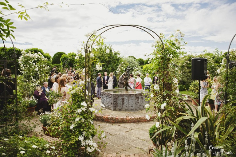 birtsmorton-wedding-gemmawilliamsphotography_0055(pp_w768_h511).jpg