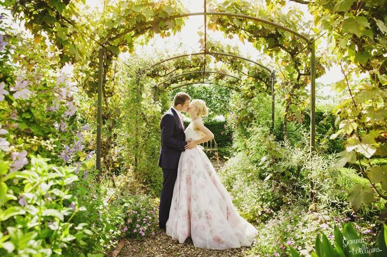birtsmorton-wedding-gemmawilliamsphotography_0079(pp_w768_h511).jpg