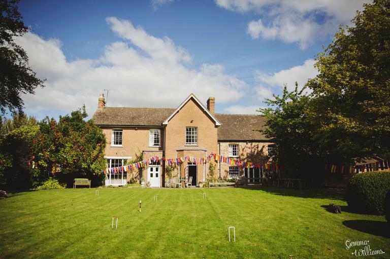 herefordshire-wedding-gemmawilliamsphotography_0002-1(pp_w768_h511).jpg