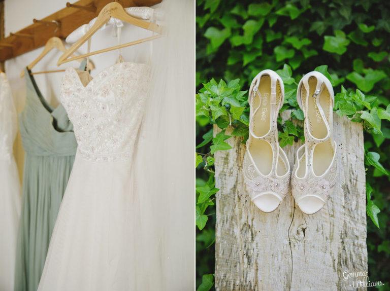 Curradine-Barns-Wedding-GemmaWilliamsPhotography005-1024x766(pp_w768_h574).jpg