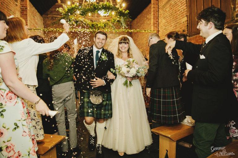Curradine-Barns-Wedding-GemmaWilliamsPhotography022-1024x682(pp_w768_h511).jpg
