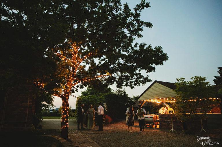Curradine-Barns-Wedding-GemmaWilliamsPhotography060-1024x682(pp_w768_h511).jpg