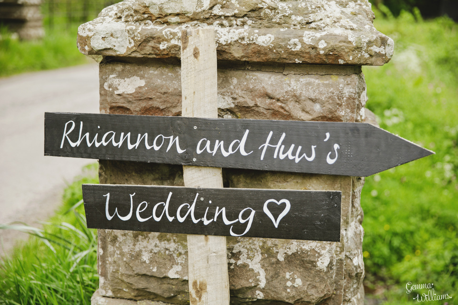 HaybarnWedding_GemmaWilliamsPhoto022.jpg